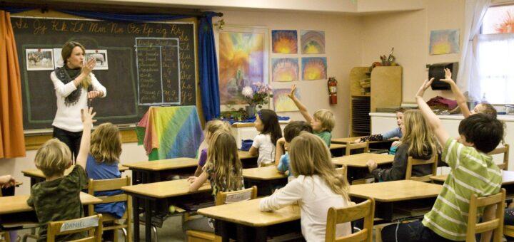 """Edukacja z """"ducha czasu"""", czyli idea wolności w szkołach waldorfskich"""